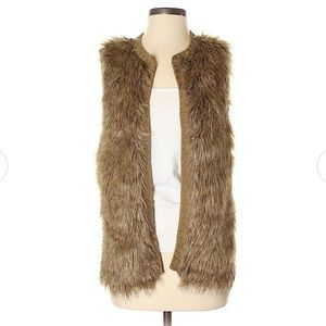 XHILARATION • Faux Fur Brown Vest • Small.